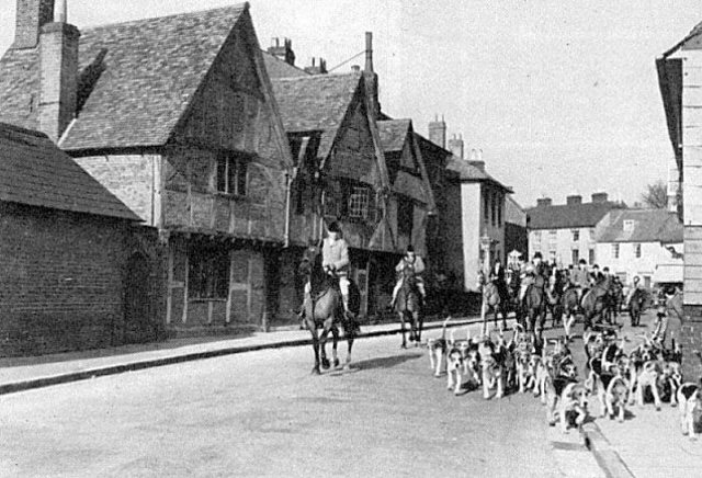 The Hursley Hunt in Palmerston St. Romsey